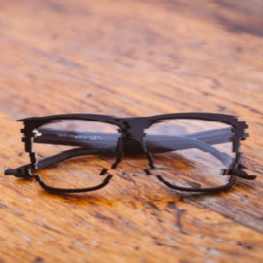 Kinek segít a látásjavítás | szemműtétek Dr. Szabó Antallal