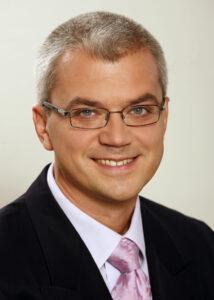 Dr. Szabó Antal szemész szakorvos publikációk | szürkehályog, műlencse specialista